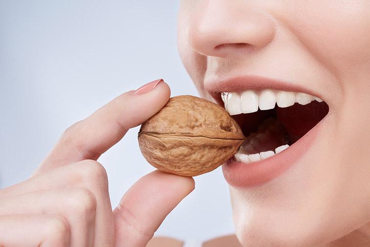 cavities-strong-teeth-image.jpg